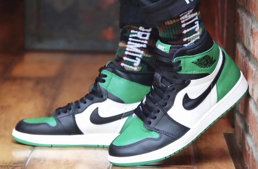On Feet: Air Jordan 1 High OG 'Pine Green'
