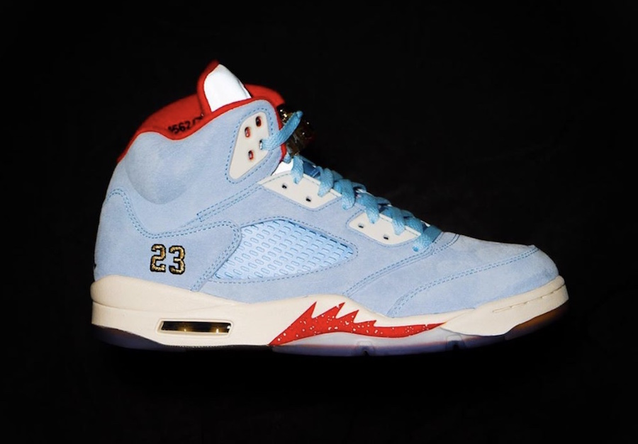 Nowe Zdjęcia Trophy Room x Air Jordan 5 'Ice Blue'