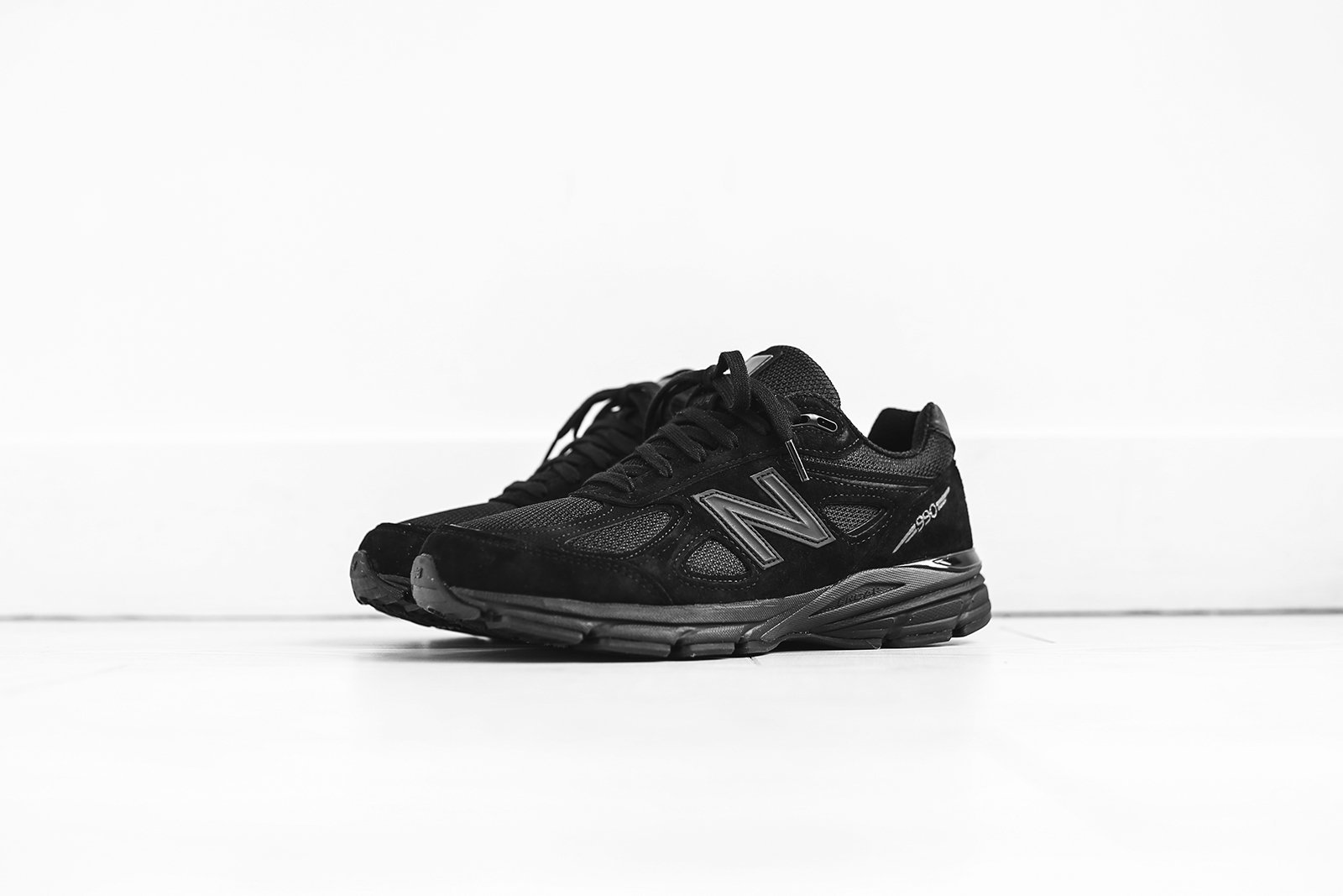 New Balance M990 'Triple Black'