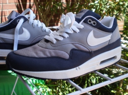 Nike Air Max 1 - Grey / Dark Blue