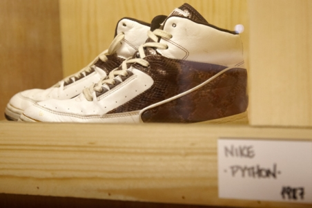 outerspace_sneaker_showcase_15.jpg