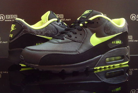 Nike Air Max 90 Black Volt Splatter