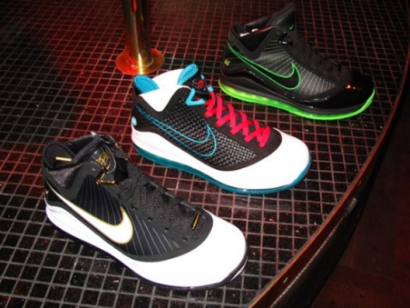 nike_2009_holiday_sneaker_preview_5.jpg