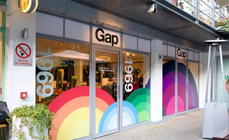 gap_pop_up_shop_2.jpg