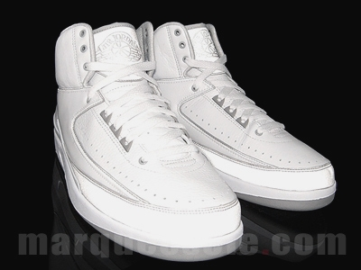 Air Jordan II Retro White/Metallic Silver-Neutral Grey