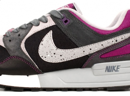 Nike Air Pegasus '89 Berlin Wall QS