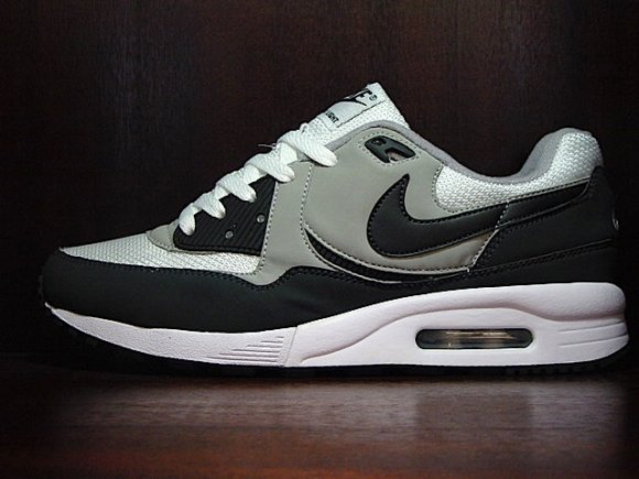 Nike Air Max Light White/Anthracite/Metsilver