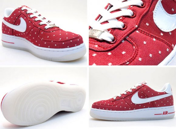Nike WMNS Air Force 1 Saint Valentines Day