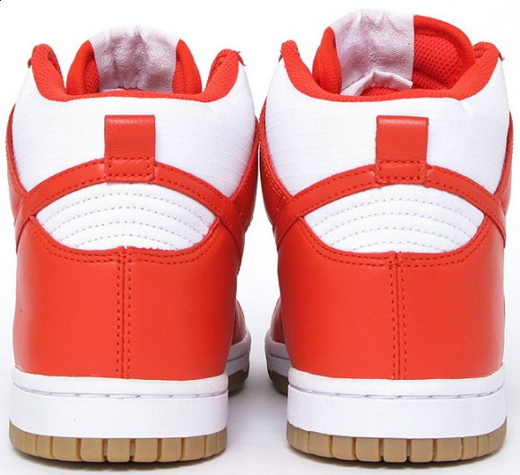 Nike WMNS Dunk Hi White / Team Orange