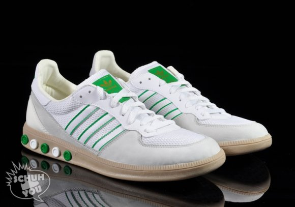 Adidas Handball 5 Plug - White/White/Metallic Gold