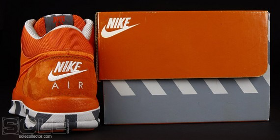 Nike Trainer 1 - Vintage Box Edition