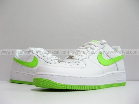 Nike Air Force 1 07 White Electric Green