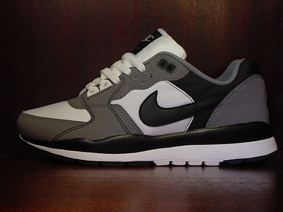 Nike Air Windrunner TR 2 - Cool Grey