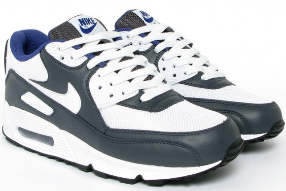 Nike Air Max 90 LE - White / Anthracite / Wicked Purple