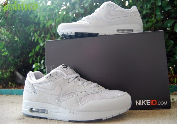 nike air max 1 id try on