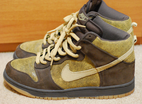 Nike SB Dunk High - Destressed Sample