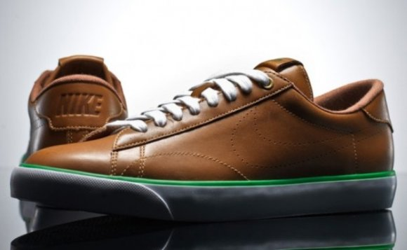 Nike Tennis Classic AC Premium Leather - Vintage Grass Pack