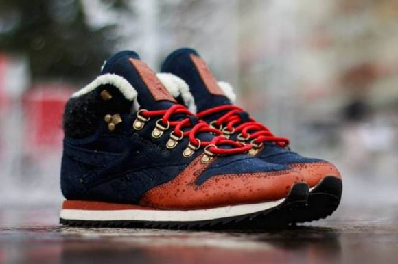 reebok classic leather mid ww collegiate navy bacarat scarlet